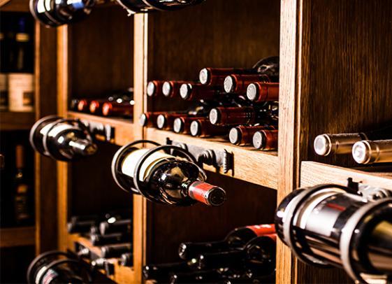 Cave à vins à Marines